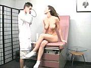 Дрочит у гинеколога