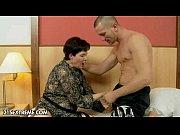 Русская мама трахнула сына порно