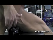 Picture Black female bodybuilder expose her big clit