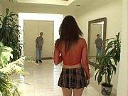 brunnete slut in mini skirt gets dp
