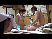 ショートカットの美少女の女子大生的AV女優の鈴村あいりが素人男子の家に乱入し全裸からの全身リップでマンコをピクピク | エロちん.net