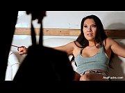 Порно ролики русскую девку ебут тремя хуями