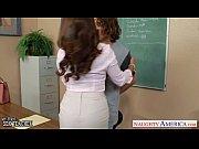 Professora safada metendo gostoso com seu aluno novinho