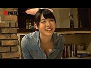 【美少女動画】        【素人/ナンパ】純粋そうで可愛い看板娘の美少女を口説いて店内でパイズリしてハメるww         | 美少女ビデオちゃんねる