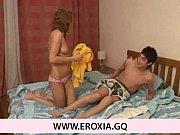 Порно брат порвал