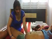 vídeo Novinha sapeca dando pra dois no carro - http://pornoreais.com