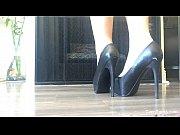 Picture Capri Cavanni Shows off her heels