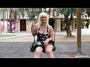 Молодая девушка на осмотре у гинеколога видео