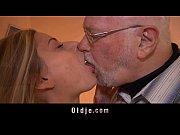 Мама с сыном пока отец на работе порно
