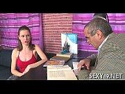 усыпил девушку секс видео