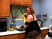 Picture Hot and horny chubby housewife has a nice wank in...