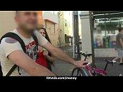 Лучший стриптиз видео с шестом большая грудь