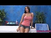 порно кончил в девку на роликах