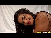 смотреть фильм онлайн госпожа плюет в рот рабу