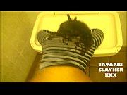 Видео девушка дает потрогать грудь парню