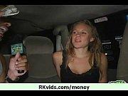 солдаты трахаю проститутку