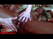 видео секс охранника с блондинкой
