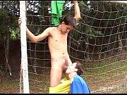 futbolistas chupandose la polla y follando – Gay Porn Video