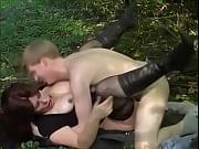 Порно старая мама сосёт у сына