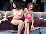 Picture Anna bell peaks live with her friend