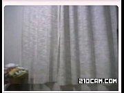 видео женщины делают горловой минет