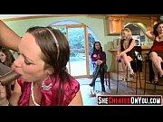 женщины переодеваются видео скрытая камера