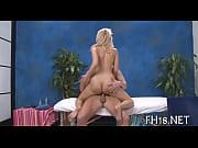 Erotisk massage amager når en mand elsker en kvinde