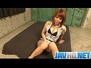 電マの女神様 無修正 椎名ルイが背中をのけ反らせながら生中出しを受け止めます。