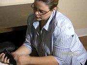 Порно с секретарше в офисе