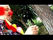 Stupid clown fucking ha...