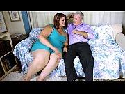 во время секса говорит по телефону видео