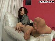 足の裏までたっぷり魅せます!ミニスカお姉さんのパンスト美脚着エロ動画!!