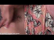 Жесткая стимуляция клитора руками видео