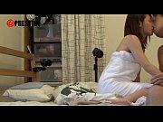 【無料エロ動画】素人男性の性欲を満たすために突撃訪問する美少女 河音くるみ