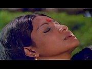 kathreena Kisses Shakeela Bath in a pond, indian girl boobs bath Video Screenshot Preview