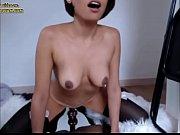дочь делает маме массаж порно ролики
