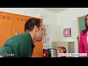 phim sex thầy giáo đụ cô giáo ngay trên lớp