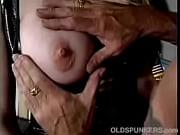 Девушка красивая мастурбирует