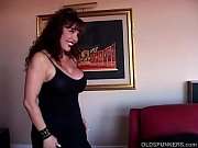 Picture Beautiful busty mature latina gives an amazing sl...