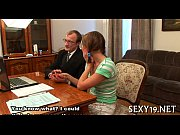 сын увидел как мама мастурбирует русское видео