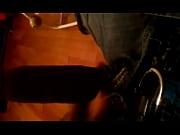 Nackt in der öffentlichkeit videos zum lecken gezwungen