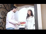 смотреть порно с худой длинноногой девушкой