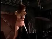 三角木馬の上で緊縛するSMプレイでドM女が叫び声を上げる | AVTV – Xvideos無料エロ動画