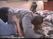 Порно отец и мать обучают сексу дочь