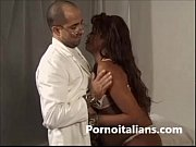 ragazza nera incinta scopata dal medico pregnant black girl fucked by doctor