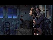 『初体験/リッジモント・ハイ』他でのジェニファー・ジェイソン・リーのヌード・セックスシーン |