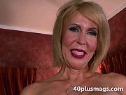 Picture Mature divorcee showing natural pussy
