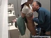 トイレ掃除のおばさんが痴漢と立ちバックwww