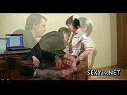 порно мама застукала с негром