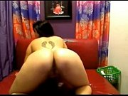 Big ass babe toying her...